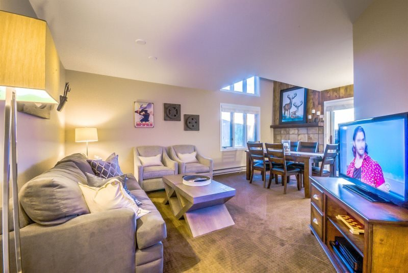 Great Unit a Block to the Slopes - Image 1 - Steamboat Springs - rentals