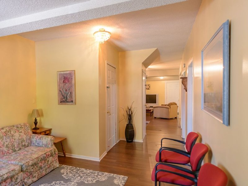 Beach Escape 3, Spacious Vacation Rental Property Save $100 Book NOW - Image 1 - Crystal Beach - rentals