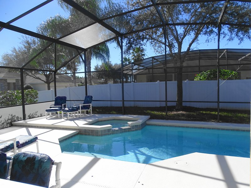LARGE LANAI WITH PRIVATE POOL/HOT TUB - Stylish Executive Victorias  Villa 4 bed 3 bath Pool/Spa - Davenport - rentals
