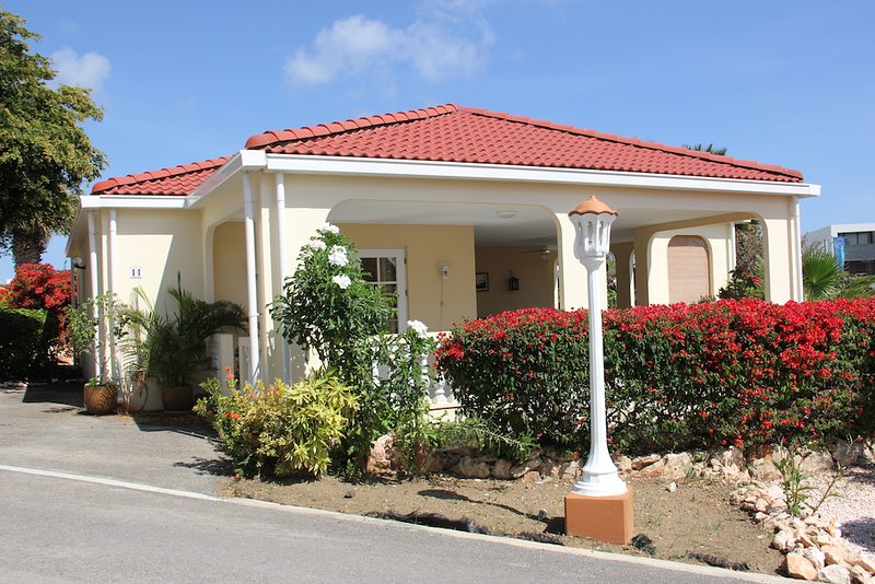 Livingstone Lagoon villa - Image 1 - Curacao - rentals