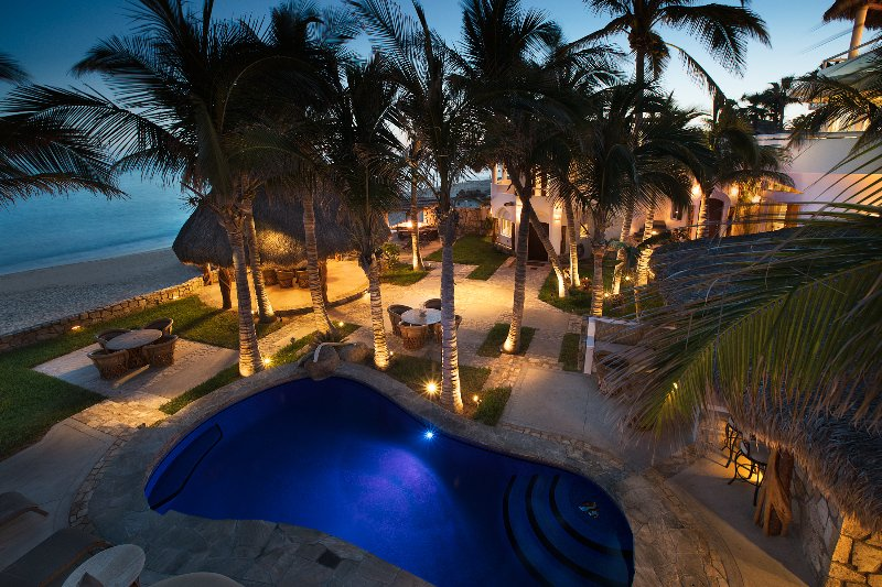 Beachfront Private Villa San Jose del Cabo inc concierge and staff Slps 14 plus - Image 1 - San Jose Del Cabo - rentals