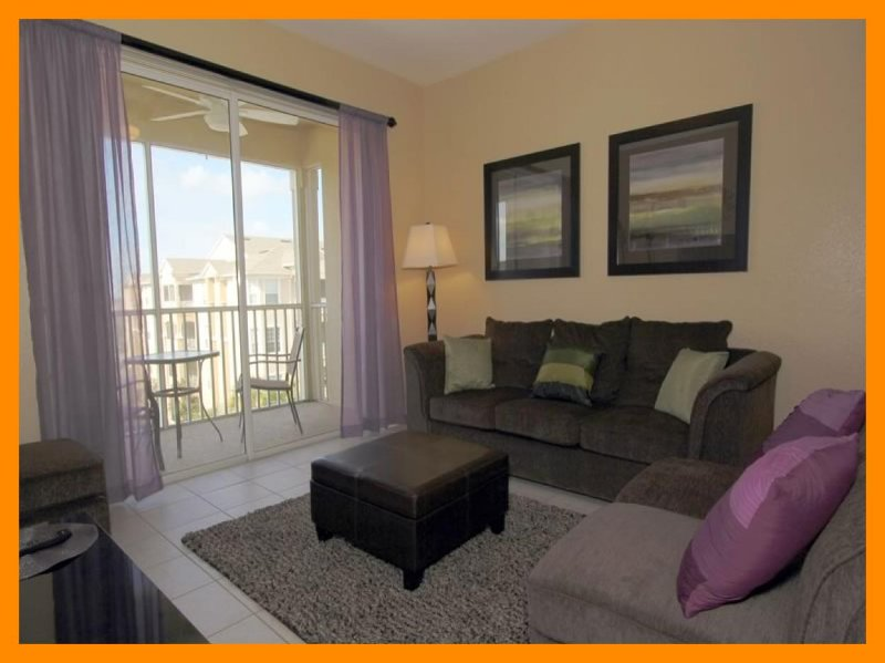 Contemporary, luxuriously furnished 3 bedroom 2 bathroom, 4th floor condo- nearby to Disney - Image 1 - Four Corners - rentals