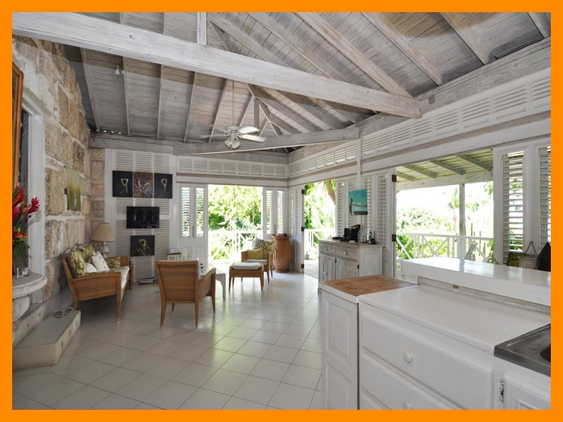 Stunning 2 Bed Beachfront Cottage with Ocean Views - Image 1 - The Garden - rentals