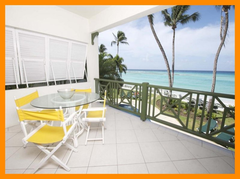 Luxury 2 Bed Beachfront Apartment with Pool - Image 1 - Worthing - rentals