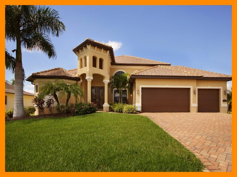 Beautiful 4 Bed Waterfront Villa with Private Pool - Image 1 - Cape Coral - rentals