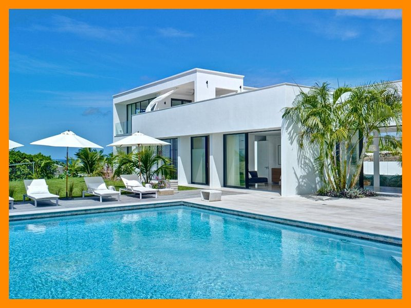 This 4 bed house represents a level of style, elegance and design rarely available in Barbados. Views of the ocean from the larg - Image 1 - Lower Carlton Beach - rentals
