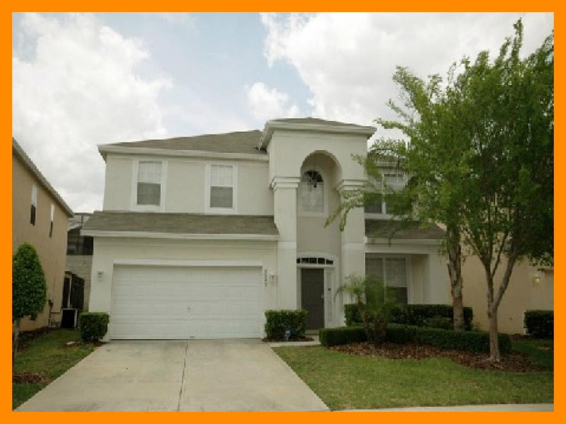 2 Miles from Disney, Windsor Hills offers this spacious 6 bedroom vacation home with pool - Image 1 - Four Corners - rentals