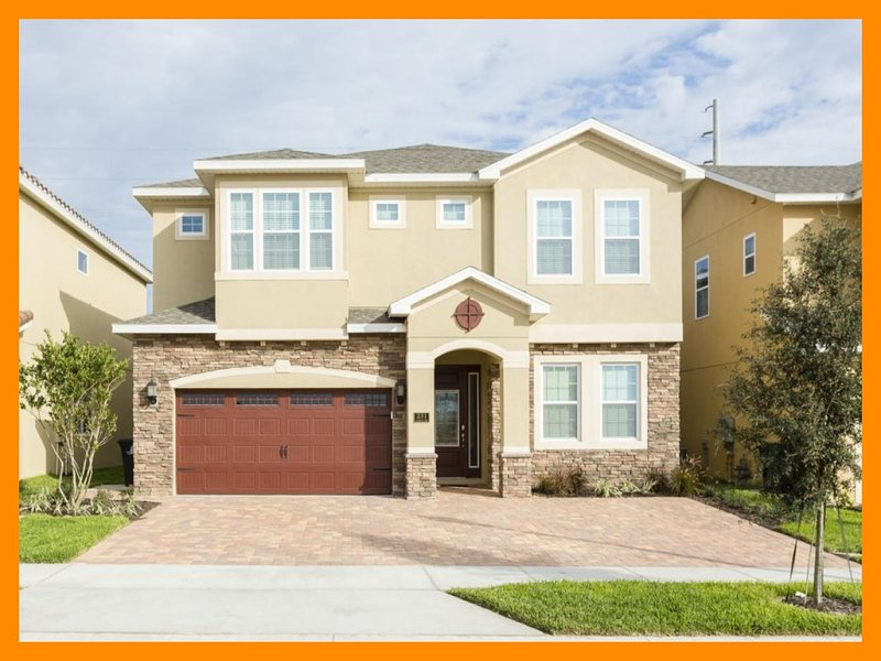 Luxury 10 Bed Home With Private Pool, Near Disney - Image 1 - Reunion - rentals