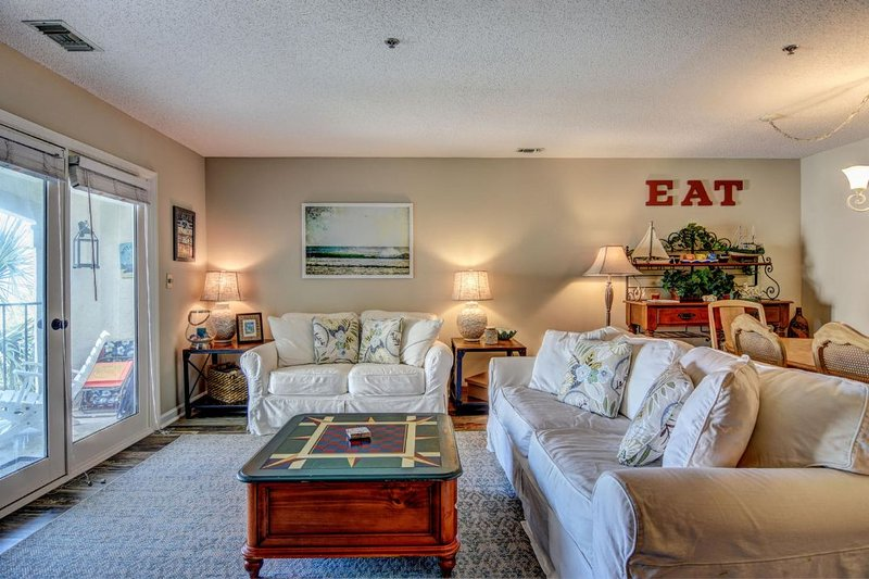 Living Room - Villa Capriani 206-A Oceanfront | 3 Pools, Largest Pool on NC Coast, 2 Hot - North Topsail Beach - rentals