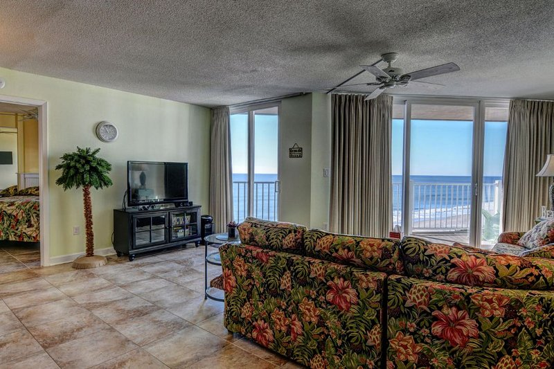 Living Area - St. Regis 2606 -2BRD_6 - North Topsail Beach - rentals