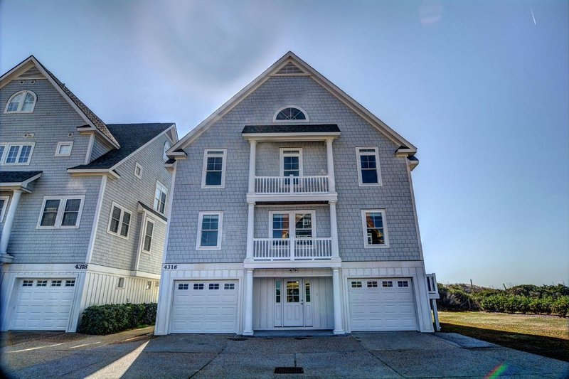 4316 Island Dr - Island Drive 4316 Discounts Available- See Description!! - North Topsail Beach - rentals