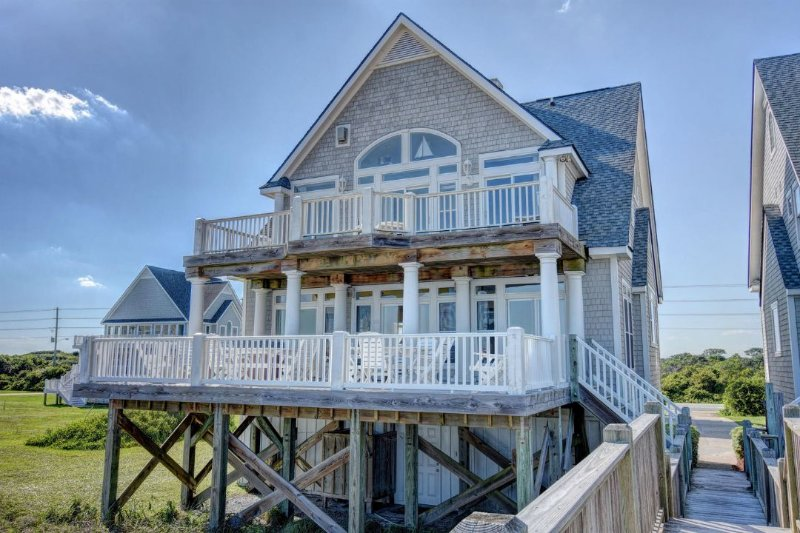 Ocean Side of Home - Island Drive 4296 Oceanfront! | Internet, Community Pool, Hot Tub, Elevator - North Topsail Beach - rentals