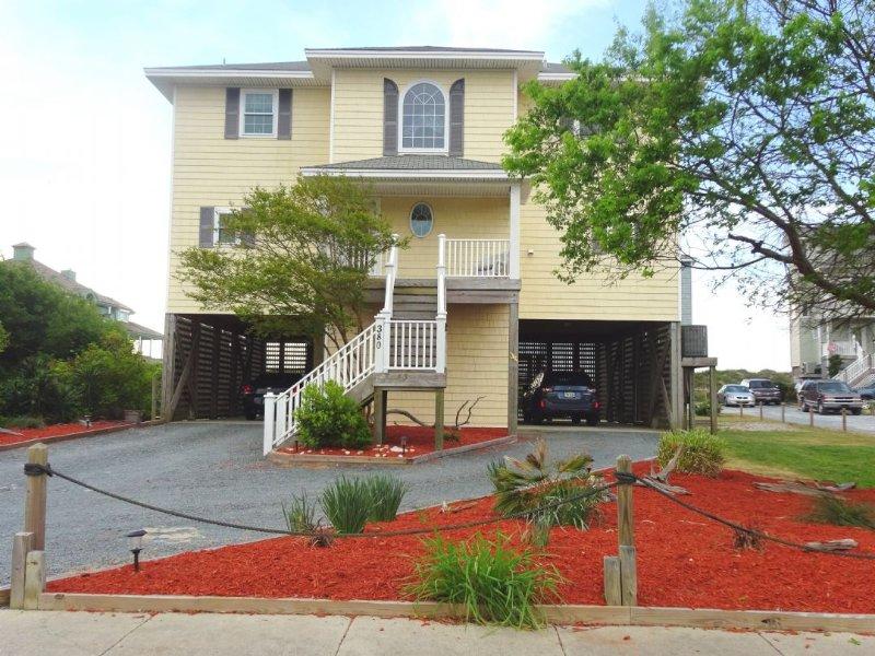 380 Hampton Colony - Hampton Colony 380 Oceanfront-B Lot! | Community Pool, Hot Tub, Internet - North Topsail Beach - rentals