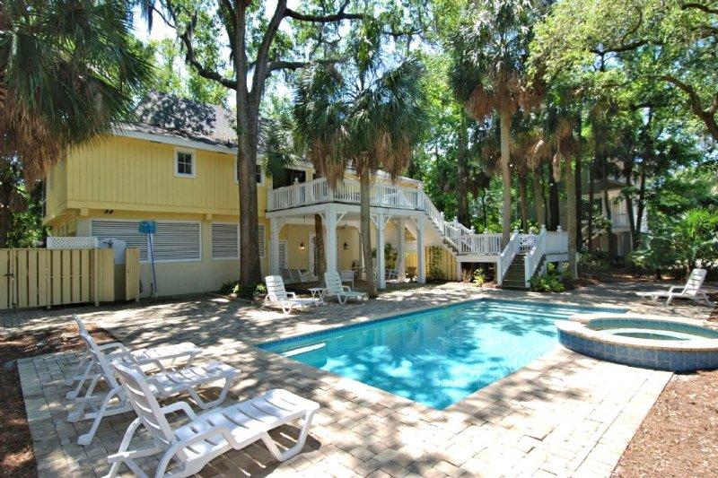 24 Mallard Street  - Southern Beach Living, Private Pool & Spa, Short Walk to Beach - Hilton Head - rentals