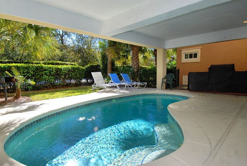 Pool - Private Pool & Rooftop Deck with Ocean Views, Golf Cart Shuttle to Beach - Hilton Head - rentals