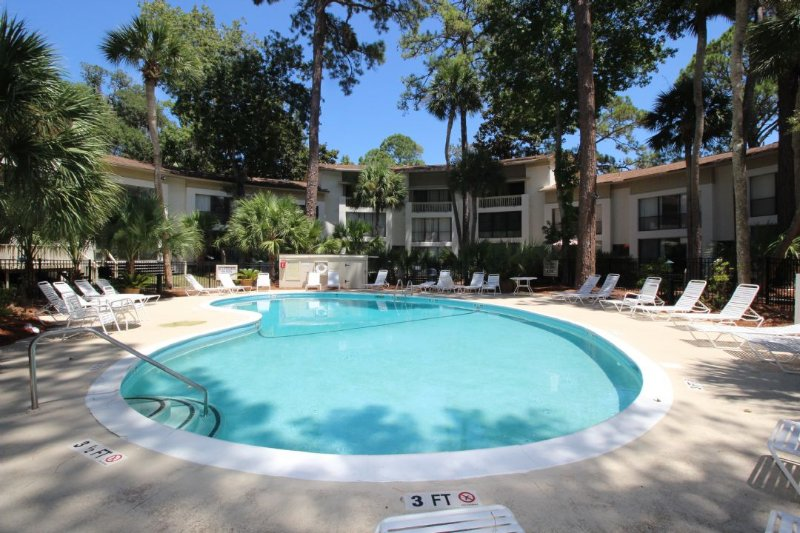 Seascape Villa Pool - 2 Bedroom, 2 1/2 Bath Villa,Short Walk to Beach - Hilton Head - rentals