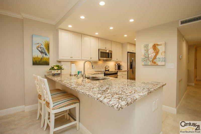 Kitchen - Som 805 - Somerset - Marco Island - rentals