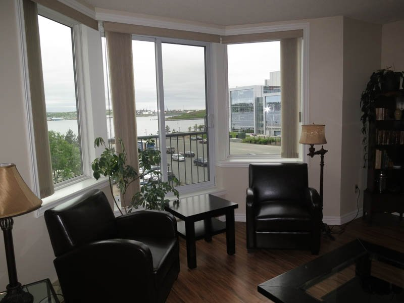 Living Room - Water View, Perfect Location - Halifax - rentals