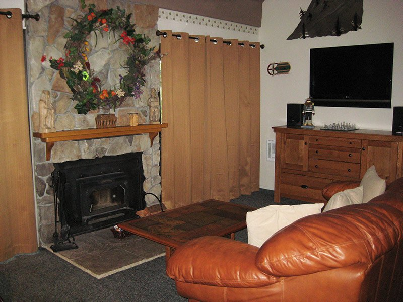Living Room - Hidden Valley - HV040 - Mammoth Lakes - rentals