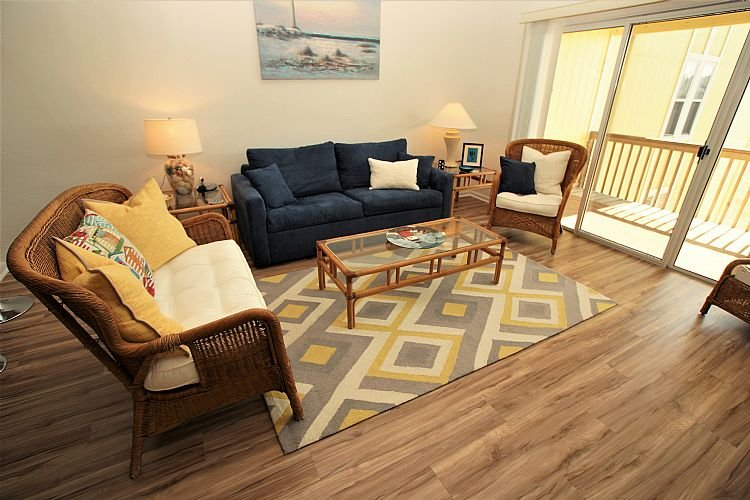 Living Room - Surf Condo 636 - Wonderful Ocean View, Beachy Chic Decor, Pool, Beach Access - Surf City - rentals
