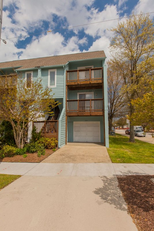 2495 Arctic Avenue - Image 1 - Virginia Beach - rentals
