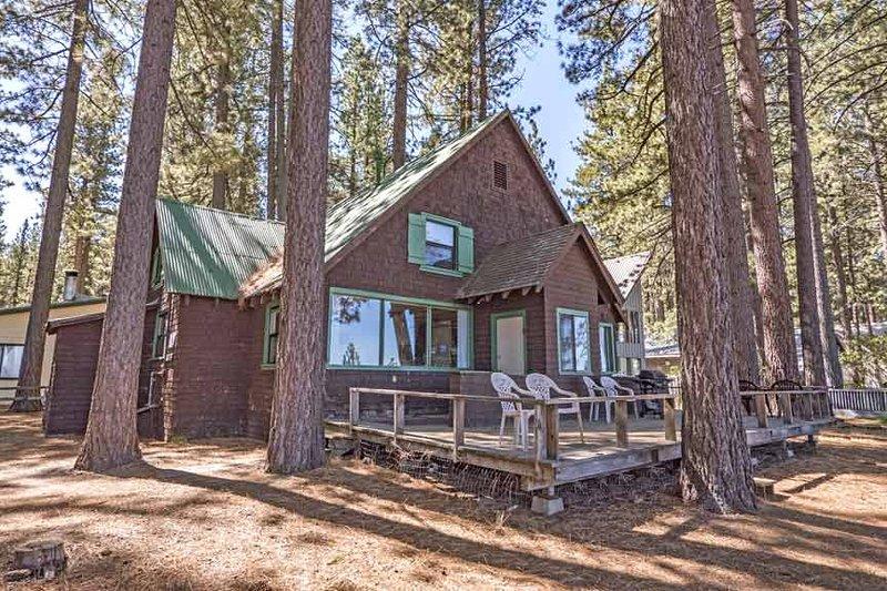 Exterior - 3195 Pasadena Avenue - South Lake Tahoe - rentals