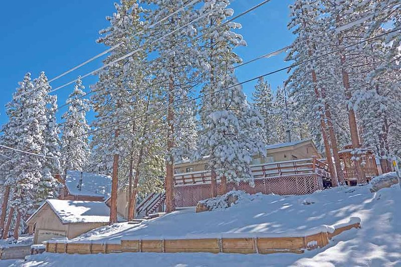 Exterior - 2530 Talbot Avenue - South Lake Tahoe - rentals