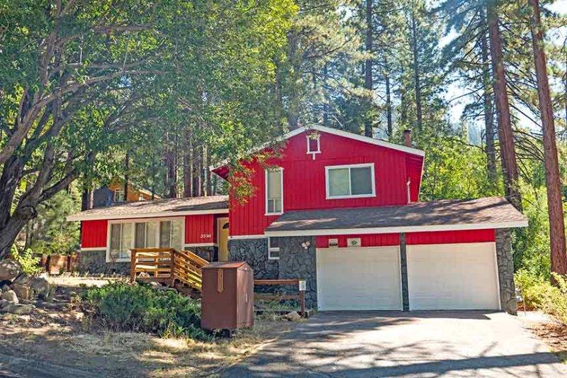 Exterior - 3826 Regina - South Lake Tahoe - rentals