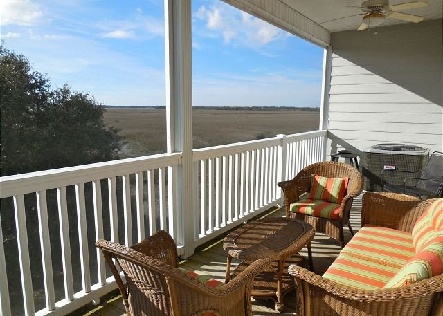 Screened-in Porch w/Marsh Views - MW 2I - Enjoy beautiful marsh & sunset views in this convenient location!! - Blue Mountain Beach - rentals