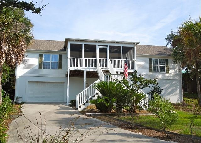 Exterior - Camary - Spacious and Airy Home, Perect for Gatherings - Folly Beach - rentals