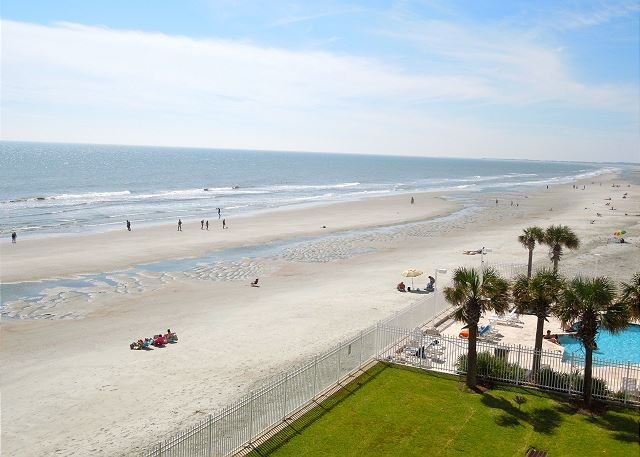 Oceanfront!! - Charleston Oceanfront Villas 318- Oceanside Balcony and Large Master Bath - Folly Beach - rentals