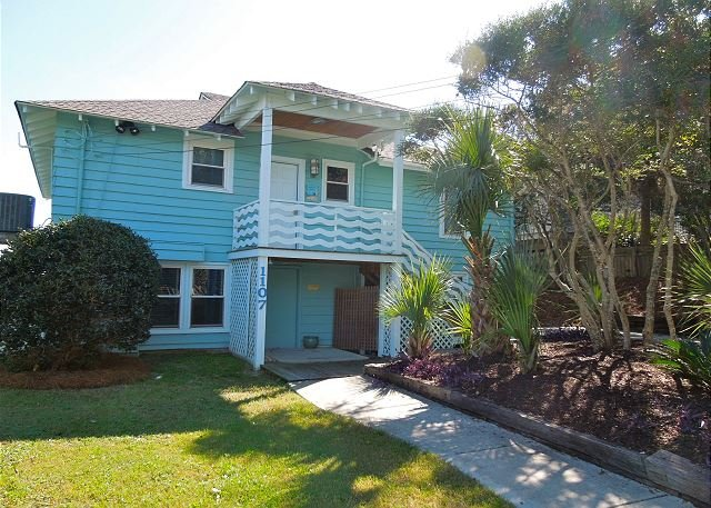 Exterior - Folly Rhodes on the Beach-Full House - Oceanfront Home with Sunrise Views - Folly Beach - rentals