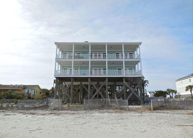 Fun N Folly - Fun 'N' Folly- Beautiful Large Home Perfect for Gathering - Folly Beach - rentals