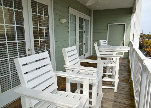 Deck - Pavilion Watch #3E - Ocean Oasis with Tropical Style - Folly Beach - rentals