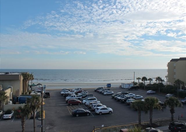 Ocean View - Pavilion Watch #3I - Ocean Breezes and Pool Access - Folly Beach - rentals