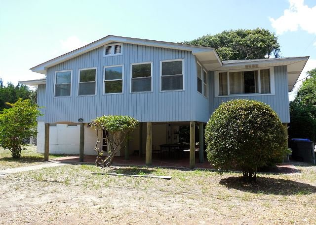 Front of House - The Loafer - Cute Beach House with Easy Beach Access - Folly Beach - rentals