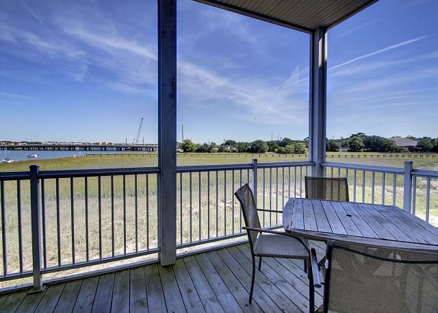 Screened-in Porch off Living Room - Water's Edge 112 - All About Comfort, Class and Views - Folly Beach - rentals