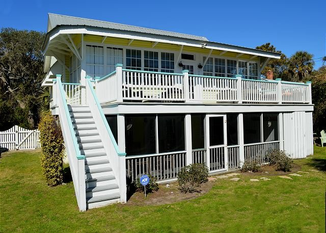 Ocean side exterior  - Classic character and charm combined with all the modern day comforts!! - Blue Mountain Beach - rentals