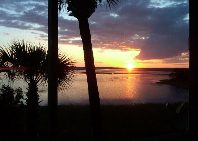 Nightly Sunset Views - Mariners Cay 91 - Welcome to Sunset Heaven!! - Folly Beach - rentals