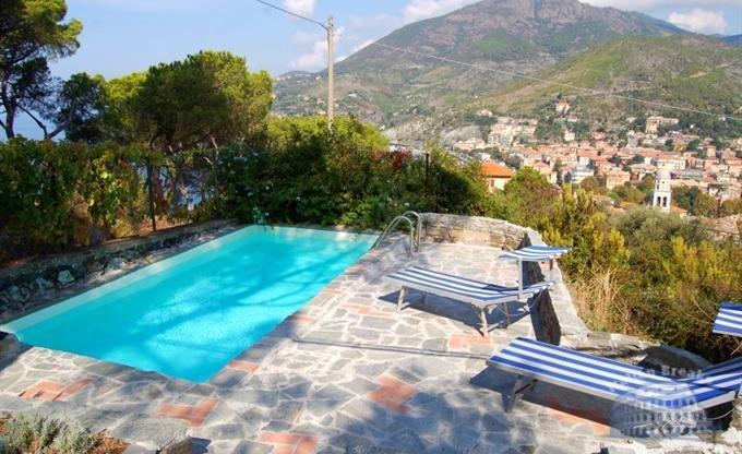 Купить виллу в италии на берегу моря с бассейном