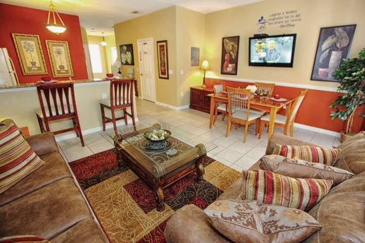 Beautifully Furnished End Unit Town Home w/Accent Walls and Upgraded Furniture - 2582 Windsor Hills - Kissimmee - rentals