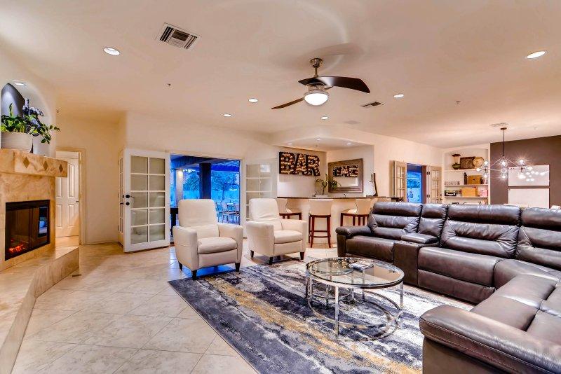 Luxury 7 Bedroom Home in best part of Scottsdale - Image 1 - Scottsdale - rentals