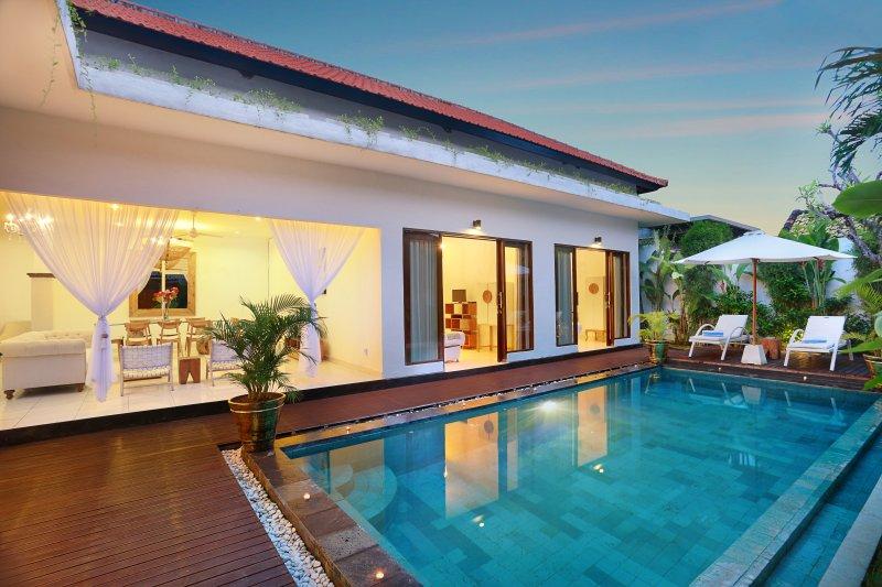 Villa Allegra, Luxury 3 bedroom Villa Oberio - Image 1 - Seminyak - rentals