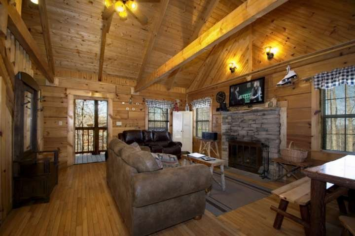 Spacious Living Room for Movie Night or Just a Little Rest and Relaxation After a Long Day! - Almost Heaven - Jacuzzi - WiFi - Wood Fireplace - Indoor / Outdoor Pools! - Gatlinburg - rentals