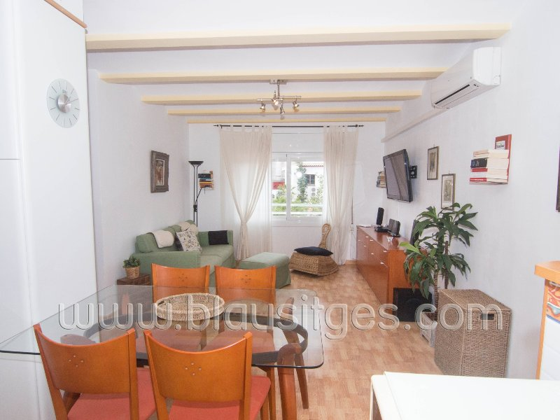 Comfortable and quiet apartment in the center of Sitges. - Image 1 - Sitges - rentals