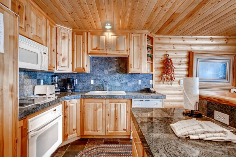 Black Bear Lodge #303 - Image 1 - Park City - rentals