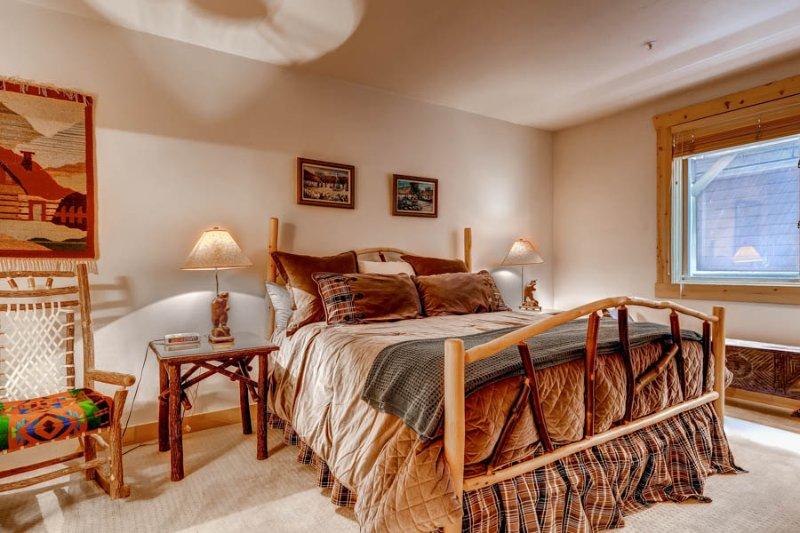 Black Bear Lodge #305 - Image 1 - Park City - rentals