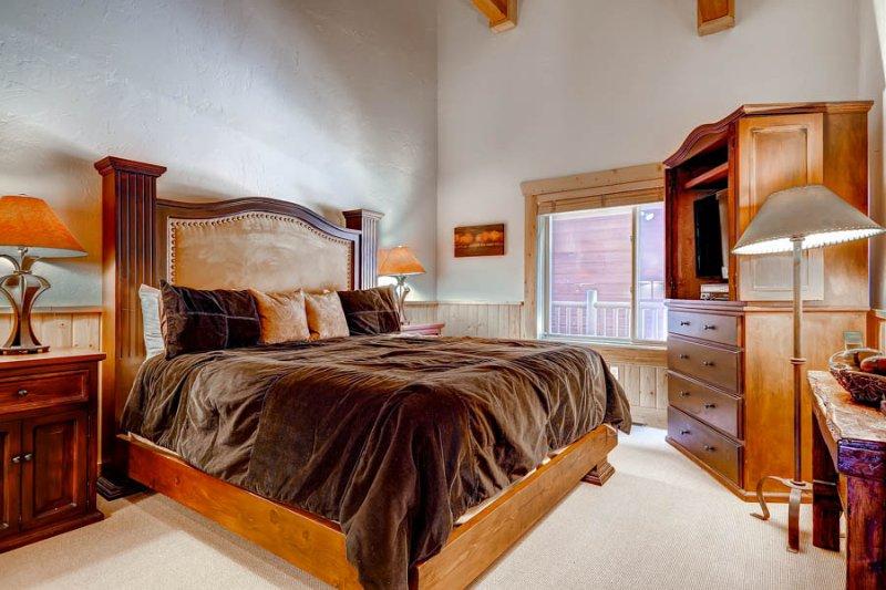 Black Bear Lodge #403 - Image 1 - Park City - rentals