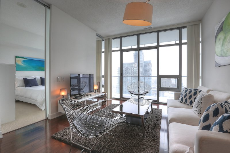 Spirit - Luxury Furnished Condo All In Yorkville - Image 1 - Toronto - rentals