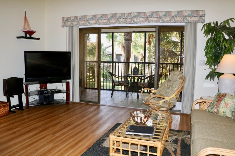 Spacious living area with cathedral ceiling - Best Address on the Beach - Close to St. Augustine - Saint Augustine Beach - rentals